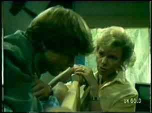 Scott Robinson, Helen Daniels in Neighbours Episode 0058
