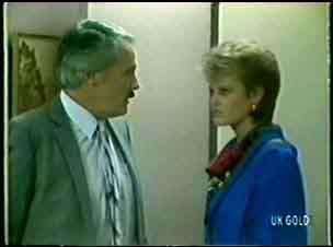 Mr Evans, Daphne Lawrence in Neighbours Episode 0058