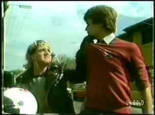 Brad, Scott Robinson in Neighbours Episode 0059