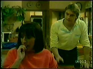 Maria Ramsay, Shane Ramsay in Neighbours Episode 0060