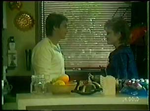 Shane Ramsay, Daphne Lawrence in Neighbours Episode 0060