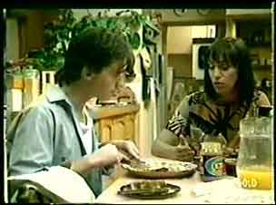 Danny Ramsay, Maria Ramsay in Neighbours Episode 0061