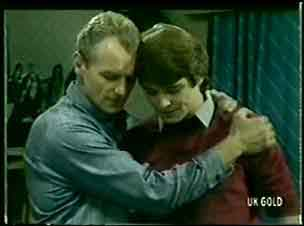 Jim Robinson, Scott Robinson in Neighbours Episode 0061