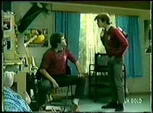 Danny Ramsay, Scott Robinson in Neighbours Episode 0063