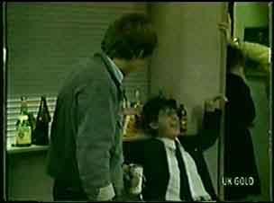 Scott Robinson, Danny Ramsay in Neighbours Episode 0063