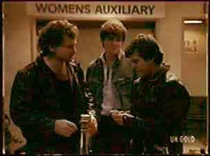 Scott Robinson, Pete Sherwin in Neighbours Episode 0064
