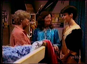 Helen Daniels, Emily Slater, Gloria Slater in Neighbours Episode 0070