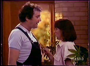 Max Ramsay, Maria Ramsay in Neighbours Episode 0070