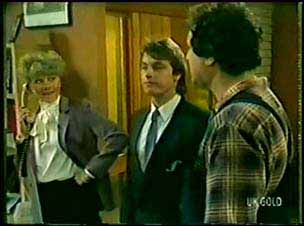 Linda Fielding, Shane Ramsay, Max Ramsay in Neighbours Episode 0072