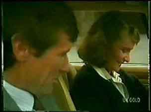 Philip Martin, Julie Robinson in Neighbours Episode 0072