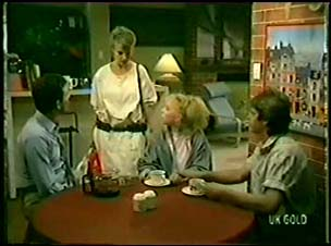 Des Clarke, Daphne Clarke, Terry Inglis, Shane Ramsay in Neighbours Episode 0073