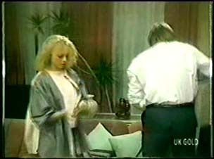 Terry Inglis, Shane Ramsay in Neighbours Episode 0073