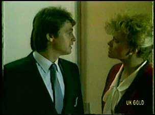 Shane Ramsay, Linda Fielding in Neighbours Episode 0074