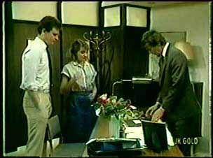 Des Clarke, Julie Robinson, Philip Martin in Neighbours Episode 0074