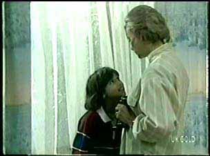 Lucy Robinson, Helen Daniels in Neighbours Episode 0075