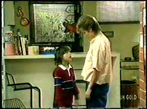 Lucy Robinson, Daphne Clarke in Neighbours Episode 0075