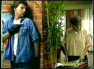 Gordon Miller, Daphne Clarke in Neighbours Episode 0075