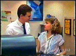 Des Clarke, Julie Robinson in Neighbours Episode 0077