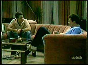 Paul Robinson, Des Clarke in Neighbours Episode 0078