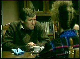 Philip Martin, Julie Robinson in Neighbours Episode 0078