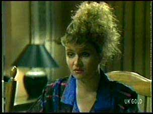 Julie Robinson in Neighbours Episode 0078