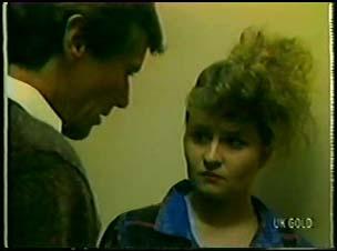 Philip Martin, Julie Robinson in Neighbours Episode 0079