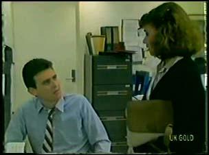Des Clarke, Julie Robinson in Neighbours Episode 0079