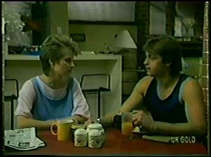 Daphne Lawrence, Shane Ramsay in Neighbours Episode 0079