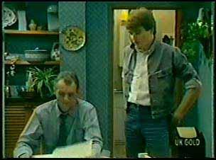 Jim Robinson, Scott Robinson in Neighbours Episode 0080
