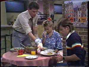Des Clarke, Daphne Clarke, Mike Young in Neighbours Episode 0429