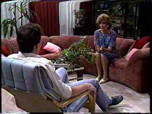 Des Clarke, Madge Bishop in Neighbours Episode 0429
