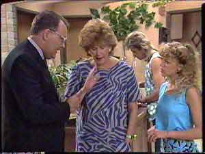 Harold Bishop, Madge Bishop, Shane Ramsay, Charlene Mitchell in Neighbours Episode 0429