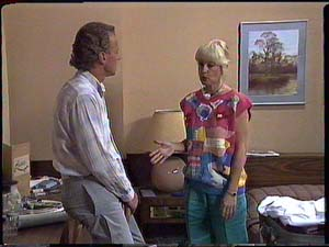 Jim Robinson, Rosemary Daniels in Neighbours Episode 0430