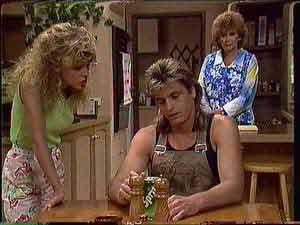 Charlene Mitchell, Shane Ramsay, Madge Bishop in Neighbours Episode 0431