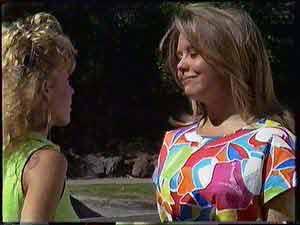 Charlene Mitchell, Sue Parker in Neighbours Episode 0431