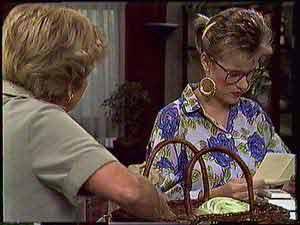 Eileen Clarke, Daphne Clarke in Neighbours Episode 0431