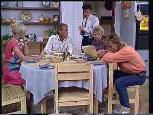 Rosemary Daniels, Jim Robinson, Paul Robinson, Helen Daniels, Scott Robinson  in Neighbours Episode 0432