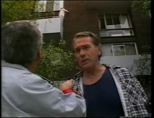 Lou Carpenter, Doug Willis, Jill Weir in Neighbours Episode 1815
