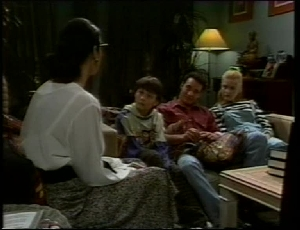 Dorothy Burke, Toby Mangel, Stephen Gottlieb, Phoebe Bright in Neighbours Episode 1815