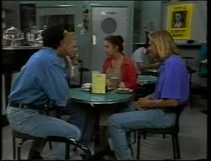 Stephen Gottlieb, Phoebe Bright, Beth Brennan, Brad Willis in Neighbours Episode 1815
