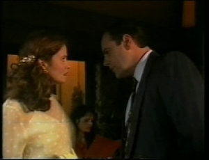 Julie Martin, Philip Martin in Neighbours Episode 1815