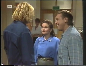 Brad Willis, Pam Willis, Julie Martin, Doug Willis in Neighbours Episode 1826