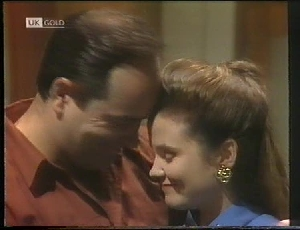 Philip Martin, Julie Robinson in Neighbours Episode 1826