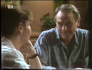 Pam Willis, Doug Willis in Neighbours Episode 1826