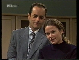 Philip Martin, Julie Martin in Neighbours Episode 1942