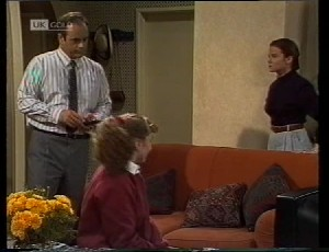 Philip Martin, Debbie Martin, Julie Martin in Neighbours Episode 1942