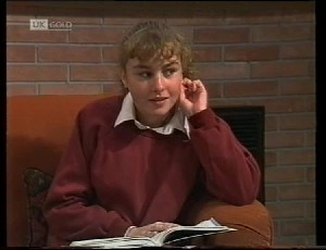 Debbie Martin in Neighbours Episode 1942