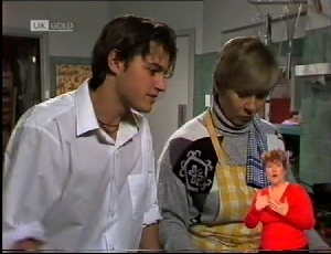 Rick Alessi, Cathy Alessi in Neighbours Episode 1972