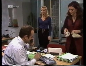 Philip Martin, Annalise Hartman, Gaby Willis in Neighbours Episode 1981