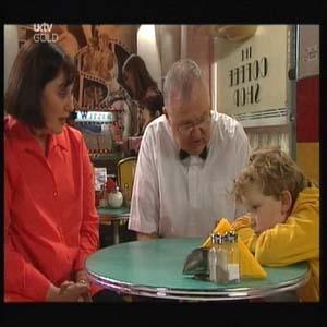 Svetlanka Ristic, Harold Bishop, Sam Allen in Neighbours Episode 4598